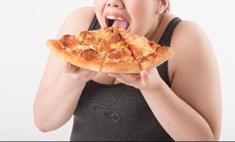 食べ過ぎ 過食