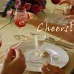 グラスの美しい持ち方 美女のテーブルマナー