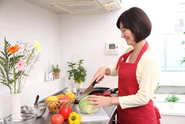 台所 料理 毎日