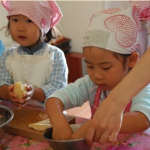 子供がすくすく育つ遊びと学び・楽しく自信をつける料理体験